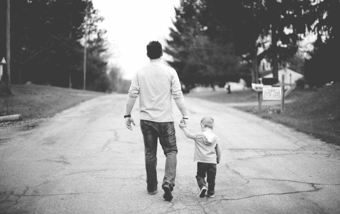 как оспорить отцовство